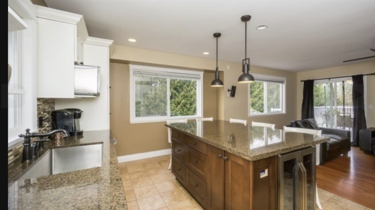 Photo 8: Photos: 2885 WHISTLE Drive in Abbotsford: Aberdeen House for sale : MLS®# R2408228