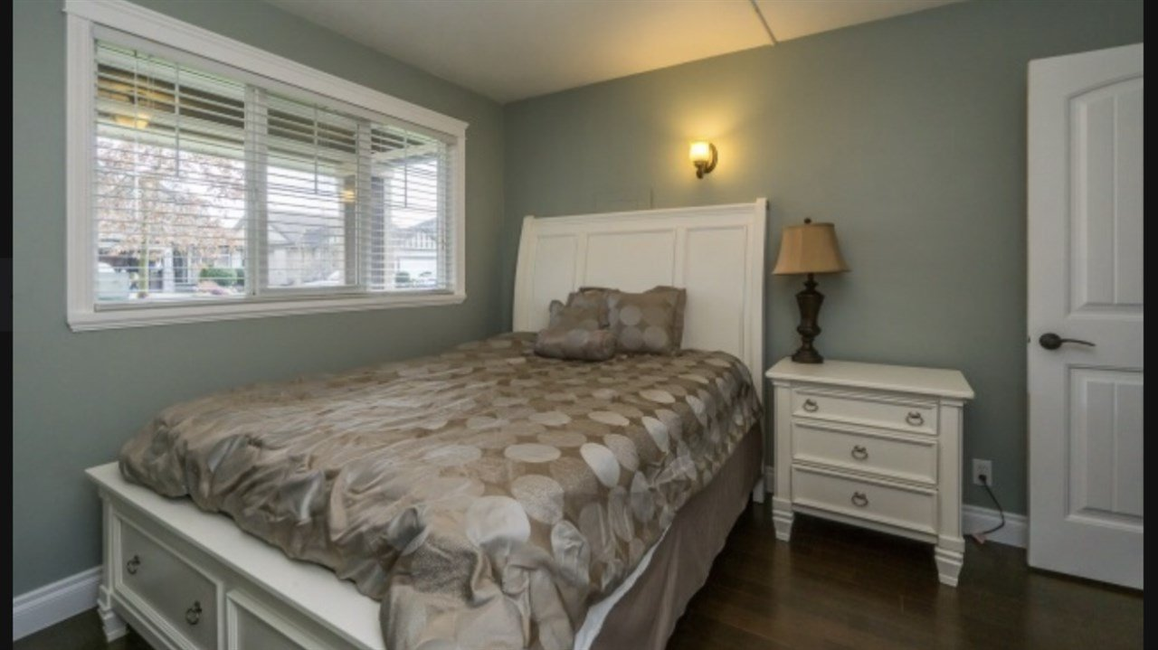 Photo 13: Photos: 2885 WHISTLE Drive in Abbotsford: Aberdeen House for sale : MLS®# R2408228