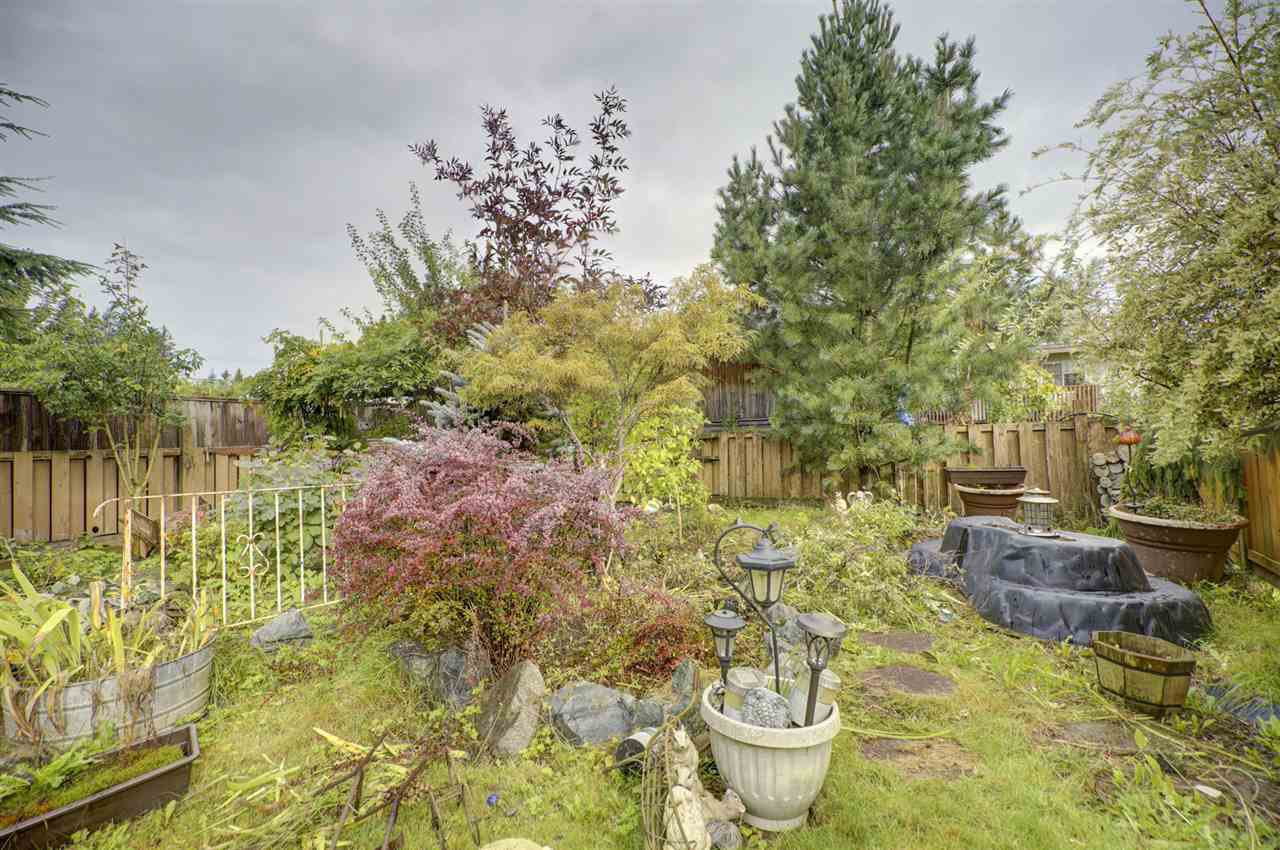 Photo 17: Photos: 31847 COUNTESS Crescent in Abbotsford: Abbotsford West House for sale : MLS®# R2408038