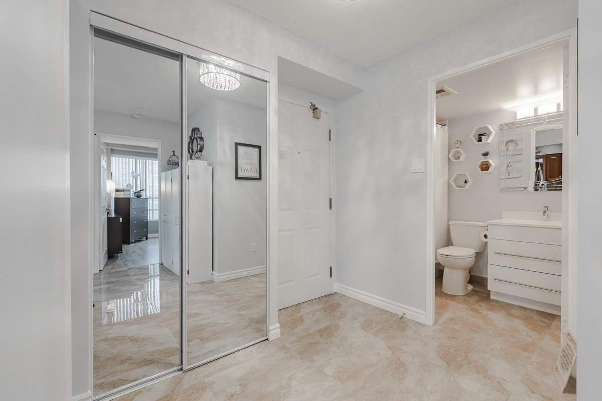 Photo 11: Photos: 1805 50 Kingsbridge Garden Circle in Mississauga: Hurontario Condo for sale : MLS®# W4642207