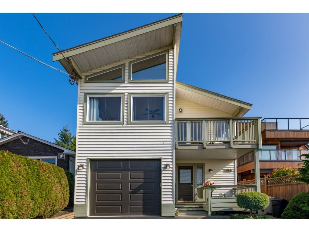 "Main Photo: 866 STEVENS Street: White Rock House for sale in ""west view"" (South Surrey White Rock)  : MLS®# R2505074"