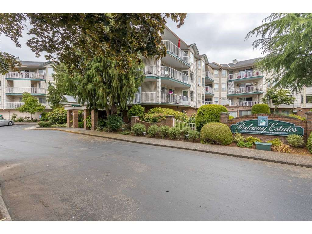 "Main Photo: 310 5360 205 Street in Langley: Langley City Condo for sale in ""PARKWAY ESTATES"" : MLS®# R2515789"