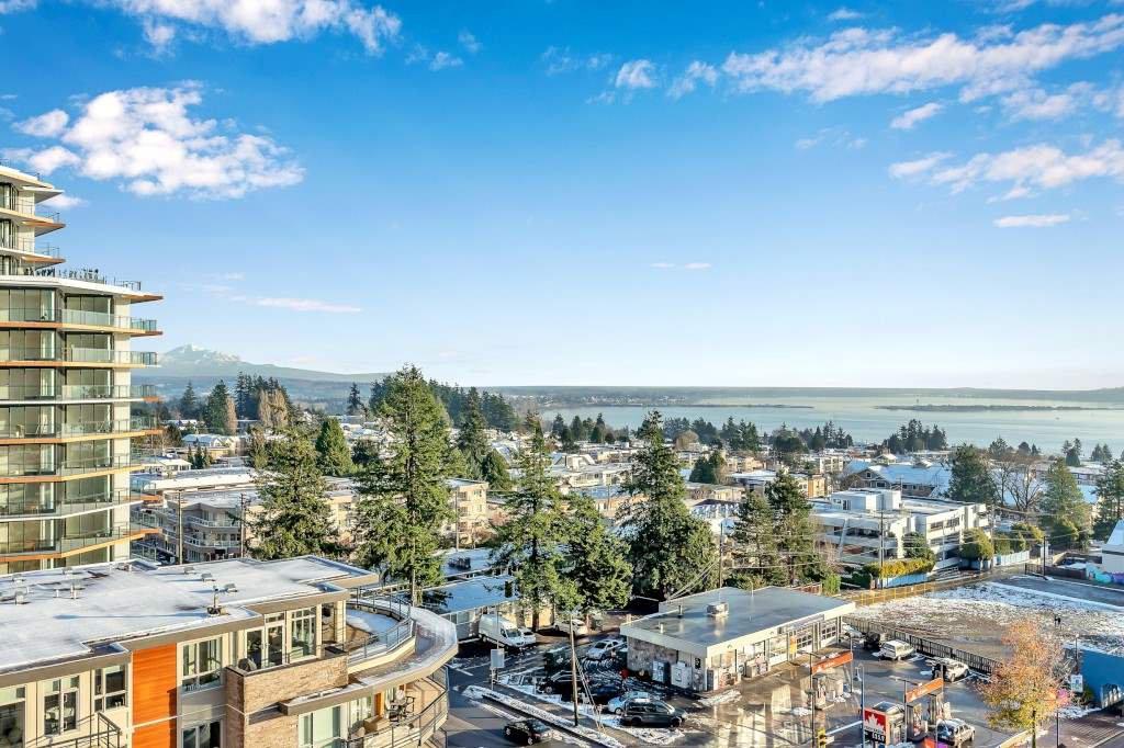 "Main Photo: 906 1441 JOHNSTON Road: White Rock Condo for sale in ""Miramar Village"" (South Surrey White Rock)  : MLS®# R2525073"
