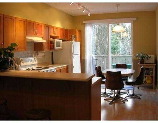 """Photo 4: Photos: 66 8415 CUMBERLAND PL in Burnaby: East Burnaby Townhouse for sale in """"ASHCOMBE"""" (Burnaby East)  : MLS®# V573263"""