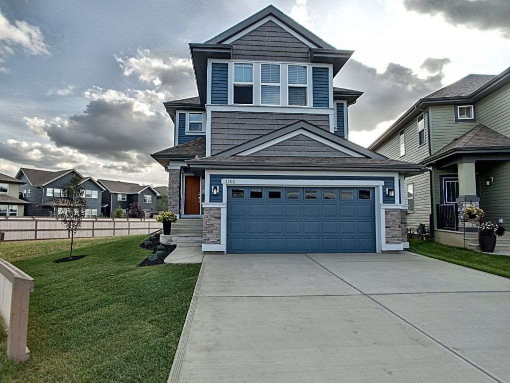 Main Photo: 1102 Sandstone Boulevard: Sherwood Park House for sale : MLS®# E4168817