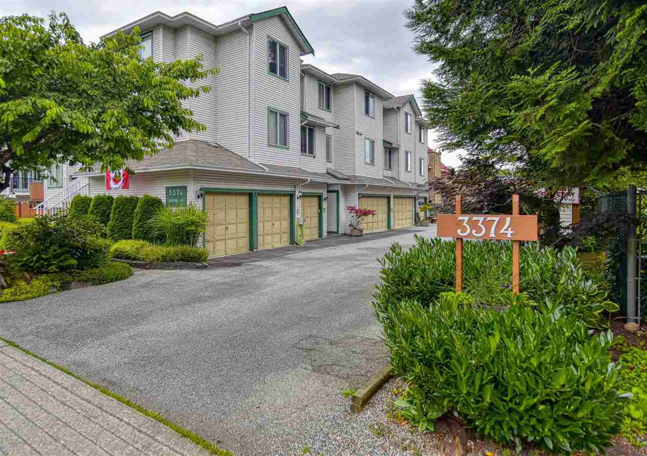"Main Photo: D 3374 SEFTON Street in Port Coquitlam: Glenwood PQ Townhouse for sale in ""SEFTON MANOR"" : MLS®# R2475486"