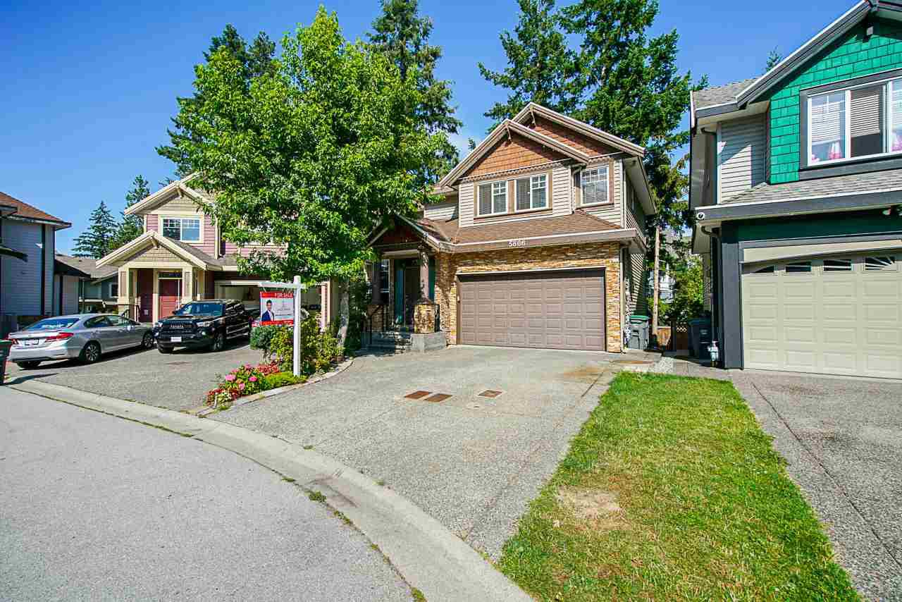 Main Photo: 5866 151A Street in Surrey: Sullivan Station House for sale : MLS®# R2478615