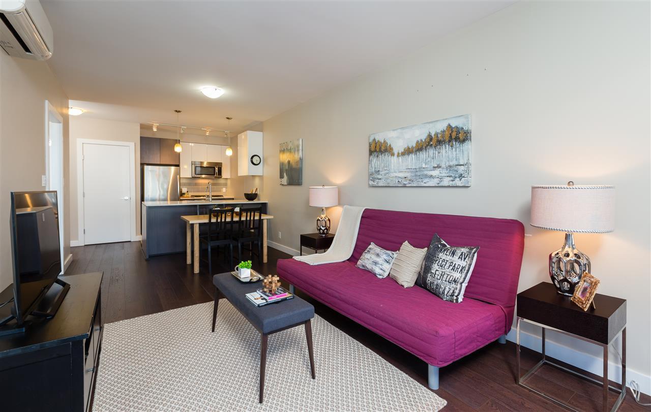 Main Photo: 202 6971 Elmbridge Way, Richmond in Richmond: Brighouse Condo for sale : MLS®# R2289635