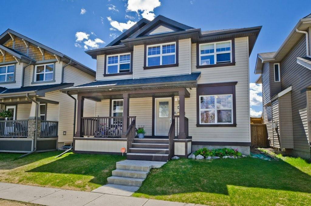 Main Photo: 68 PRESTWICK Close SE in Calgary: McKenzie Towne Detached for sale : MLS®# C4297960