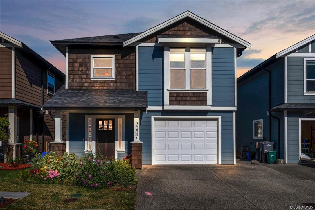 Main Photo: 3307 Merlin Rd in Langford: La Luxton House for sale : MLS®# 843185