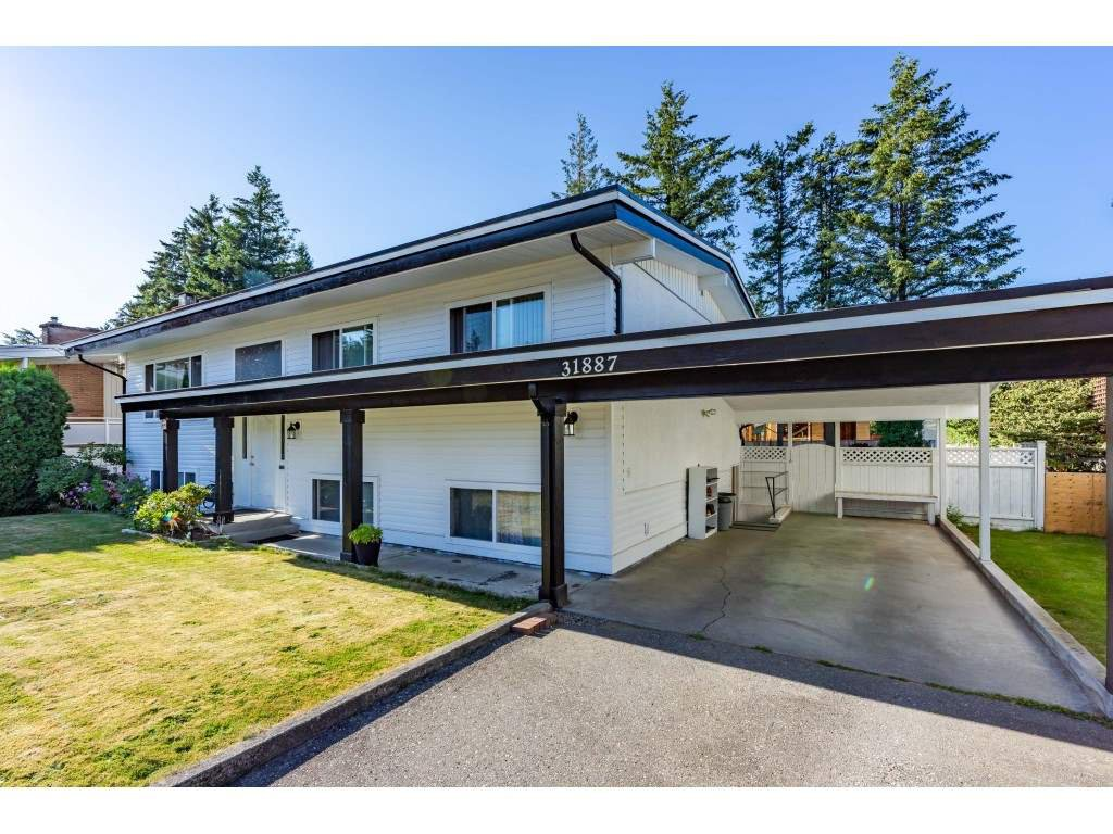 Main Photo: 31887 GLENWOOD Avenue in Abbotsford: Abbotsford West House for sale : MLS®# R2481426