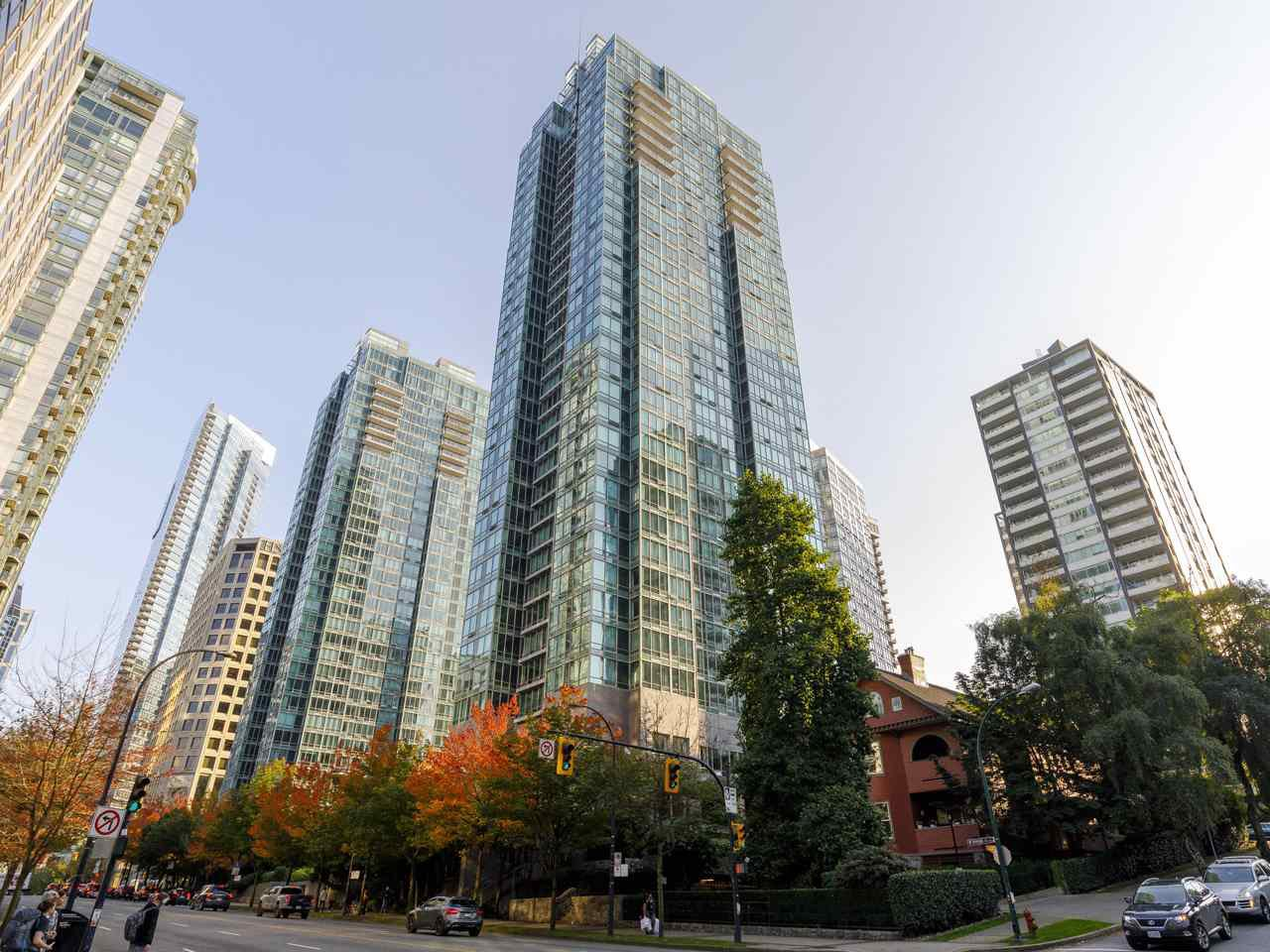 "Main Photo: 3201 1288 W GEORGIA Street in Vancouver: West End VW Condo for sale in ""Residences on Georgia"" (Vancouver West)  : MLS®# R2506068"