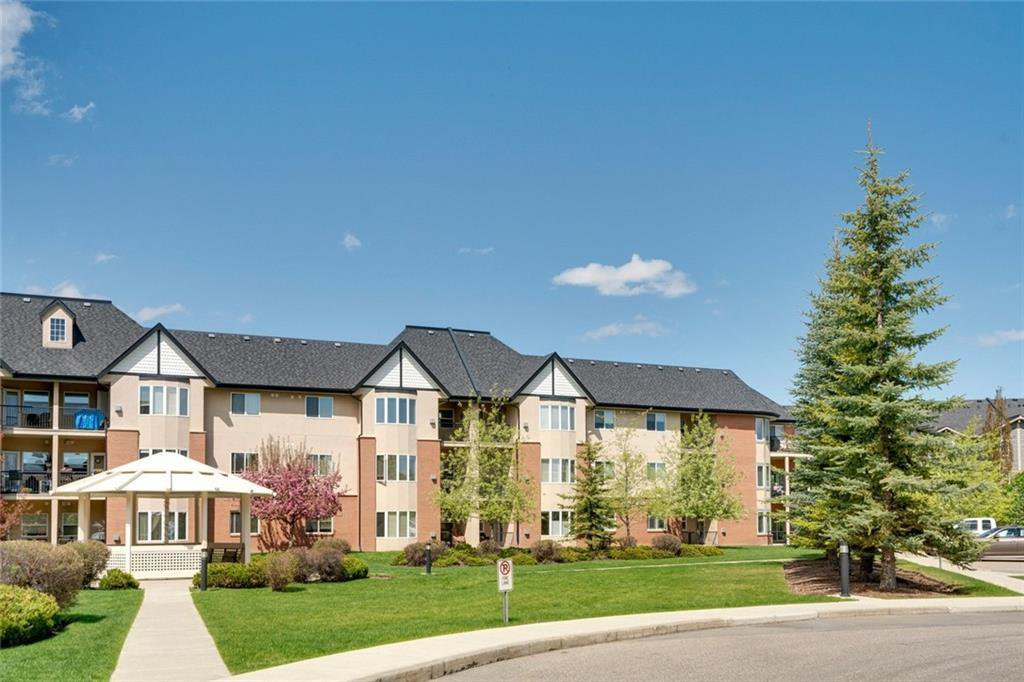Main Photo: 2138 48 Inverness Gate SE in Calgary: McKenzie Towne Apartment for sale : MLS®# A1049813