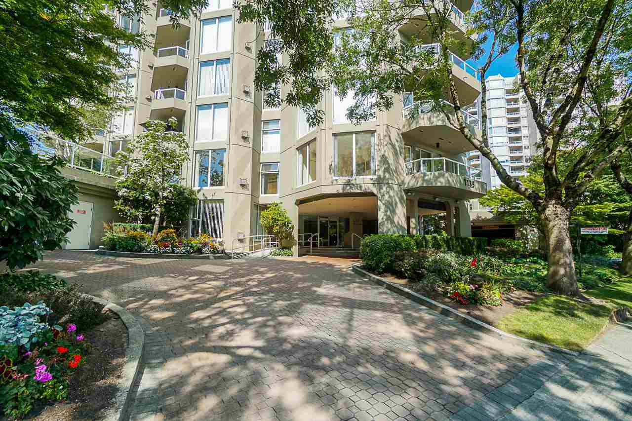 """Main Photo: 105 1135 QUAYSIDE Drive in New Westminster: Quay Condo for sale in """"Anchor Pointe"""" : MLS®# R2402846"""