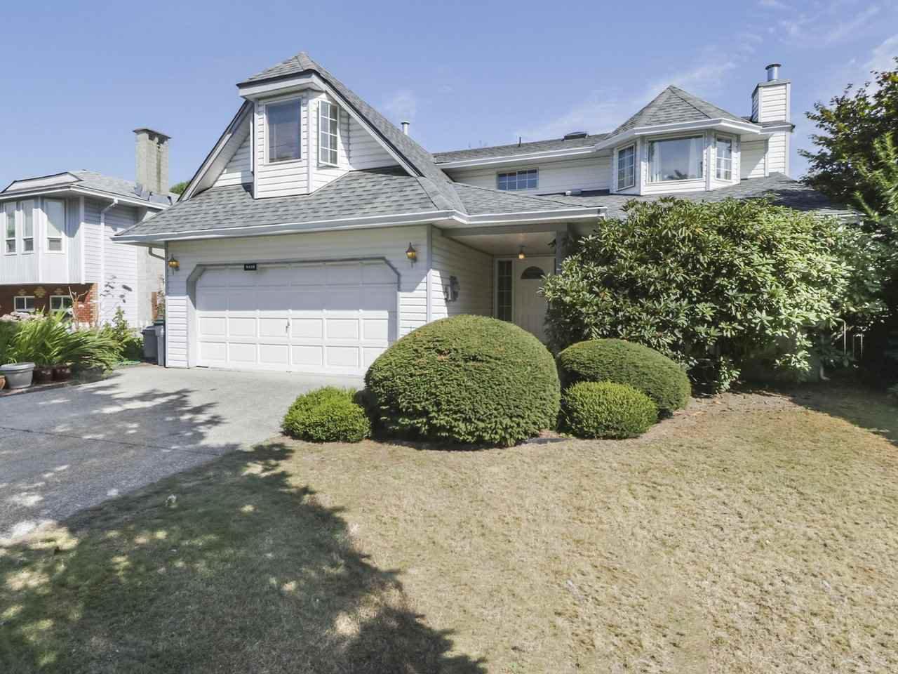 Main Photo: 9438 152A Street in Surrey: Fleetwood Tynehead House for sale : MLS®# R2403711