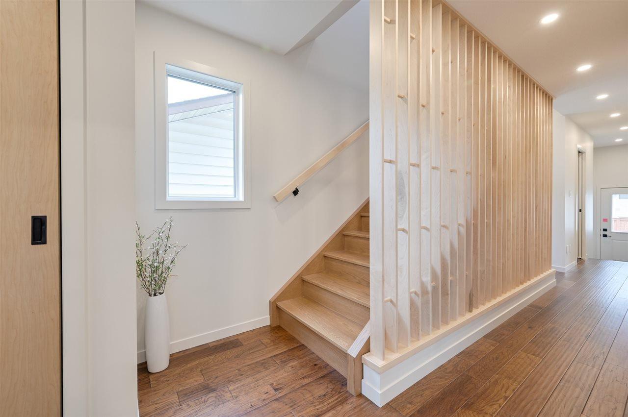 Photo 13: Photos: 14520 84 Avenue in Edmonton: Zone 10 House for sale : MLS®# E4175559