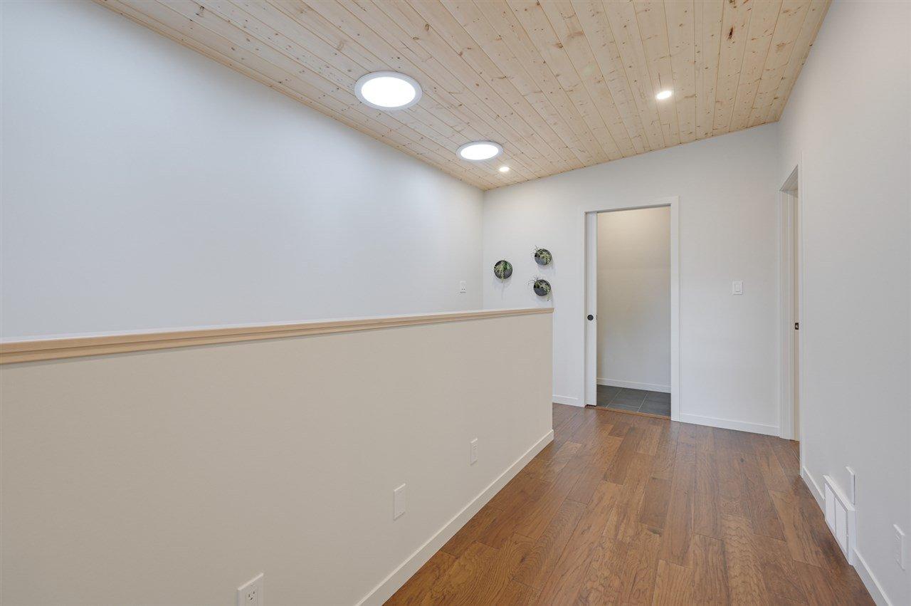 Photo 15: Photos: 14520 84 Avenue in Edmonton: Zone 10 House for sale : MLS®# E4175559