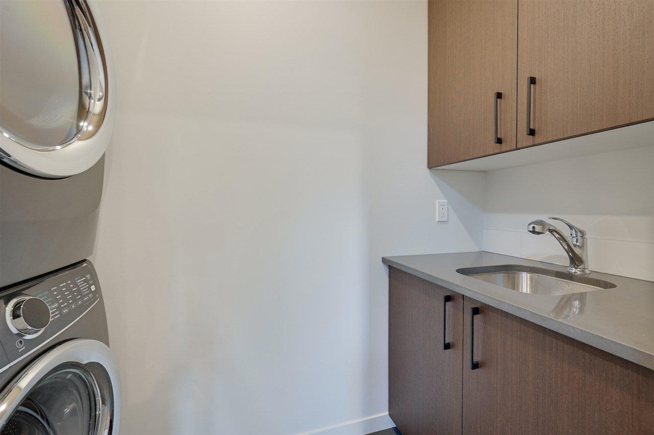 Photo 24: Photos: 14520 84 Avenue in Edmonton: Zone 10 House for sale : MLS®# E4175559