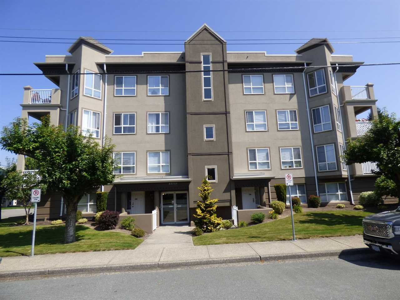 Main Photo: 205 45773 VICTORIA Avenue in Chilliwack: Chilliwack N Yale-Well Condo for sale : MLS®# R2424016