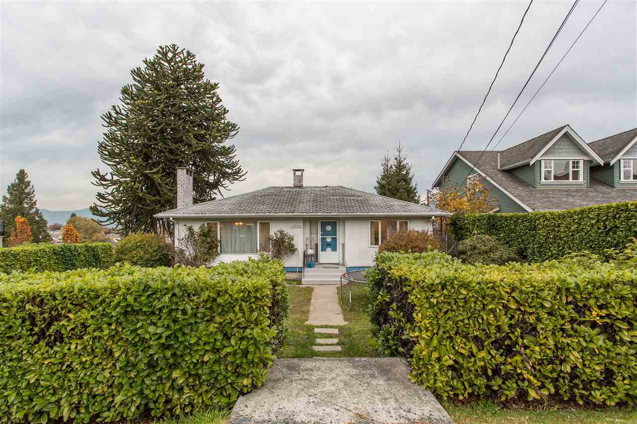 Photo 2: Photos: 3735 CARDIFF Street in Burnaby: Central Park BS House for sale (Burnaby South)  : MLS®# R2417727