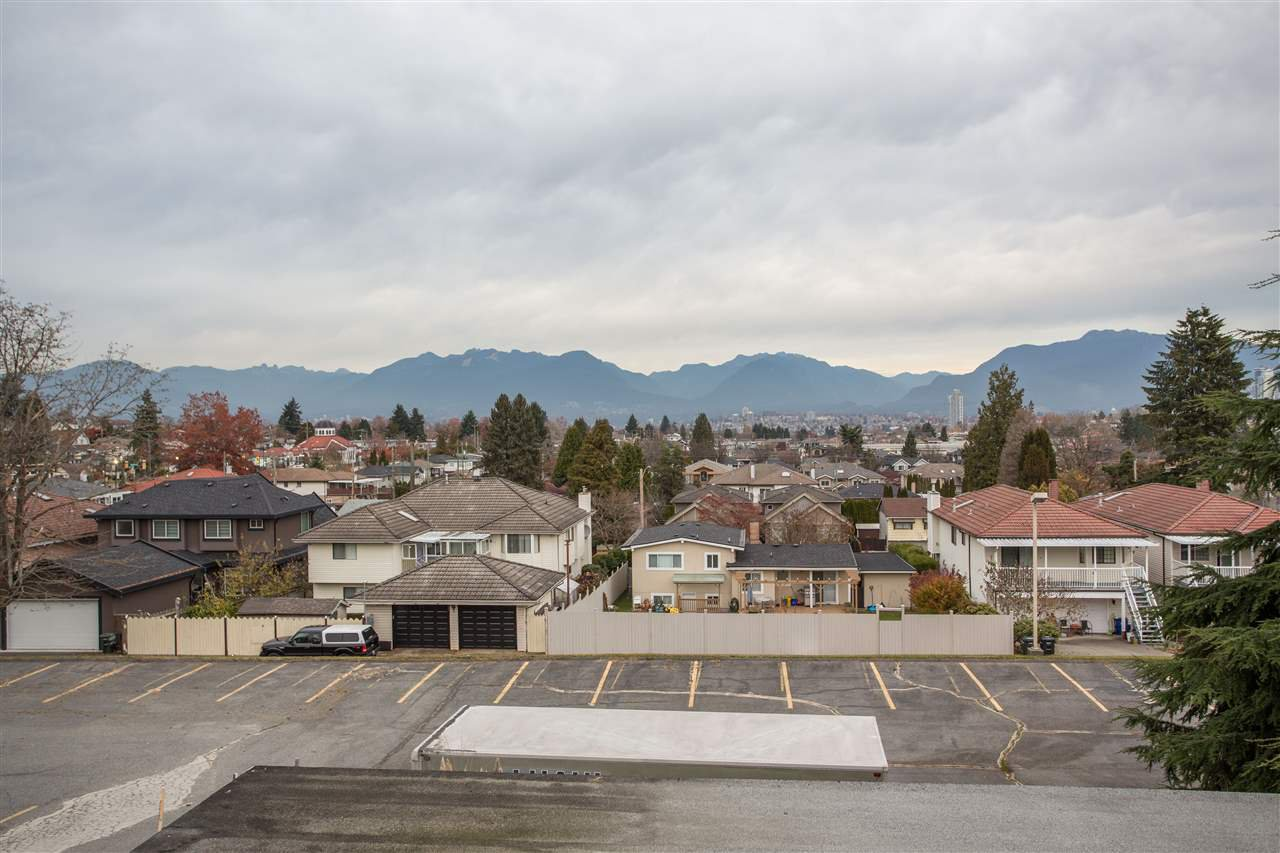 Photo 8: Photos: 3735 CARDIFF Street in Burnaby: Central Park BS House for sale (Burnaby South)  : MLS®# R2417727