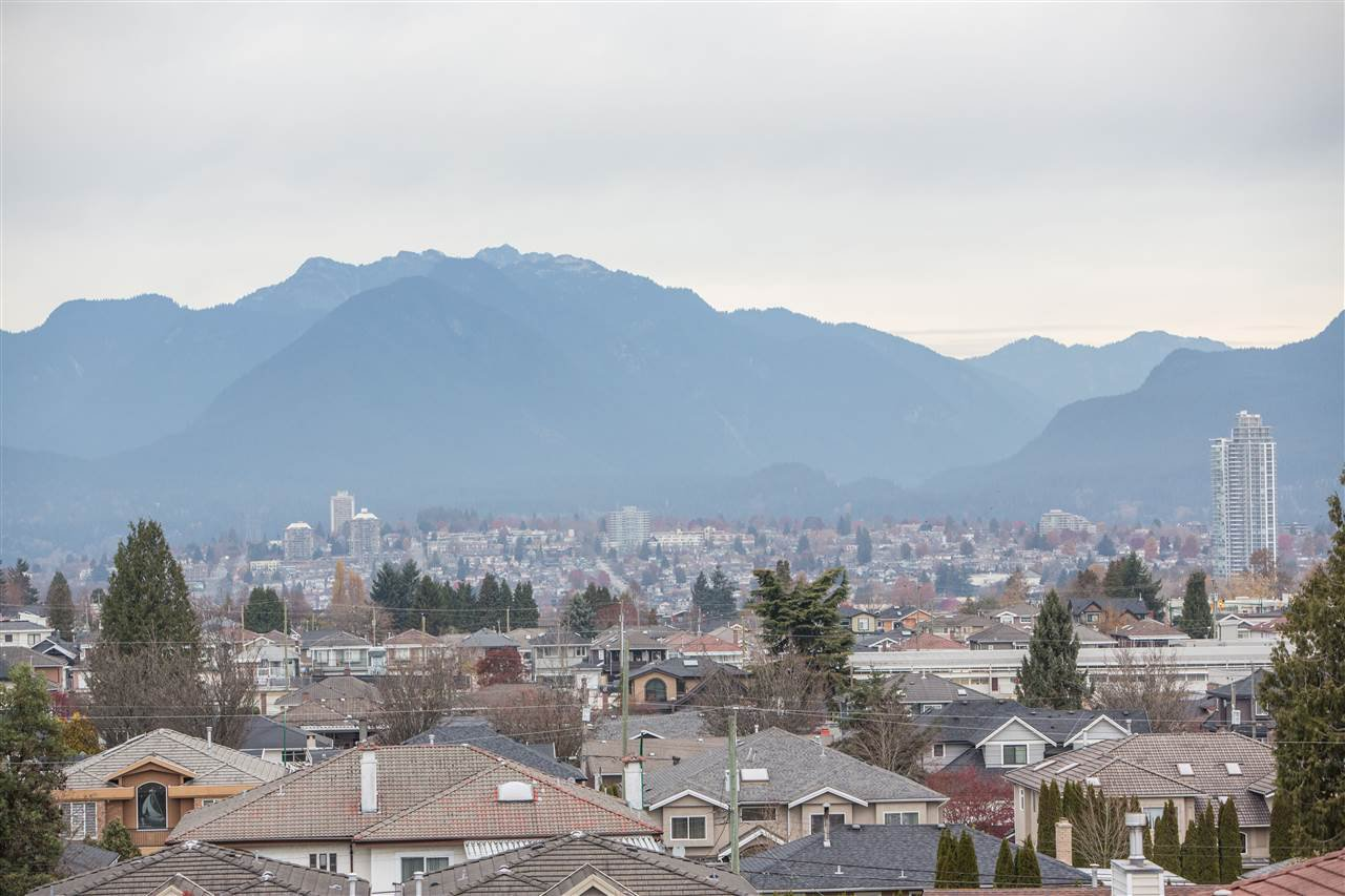 Photo 10: Photos: 3735 CARDIFF Street in Burnaby: Central Park BS House for sale (Burnaby South)  : MLS®# R2417727