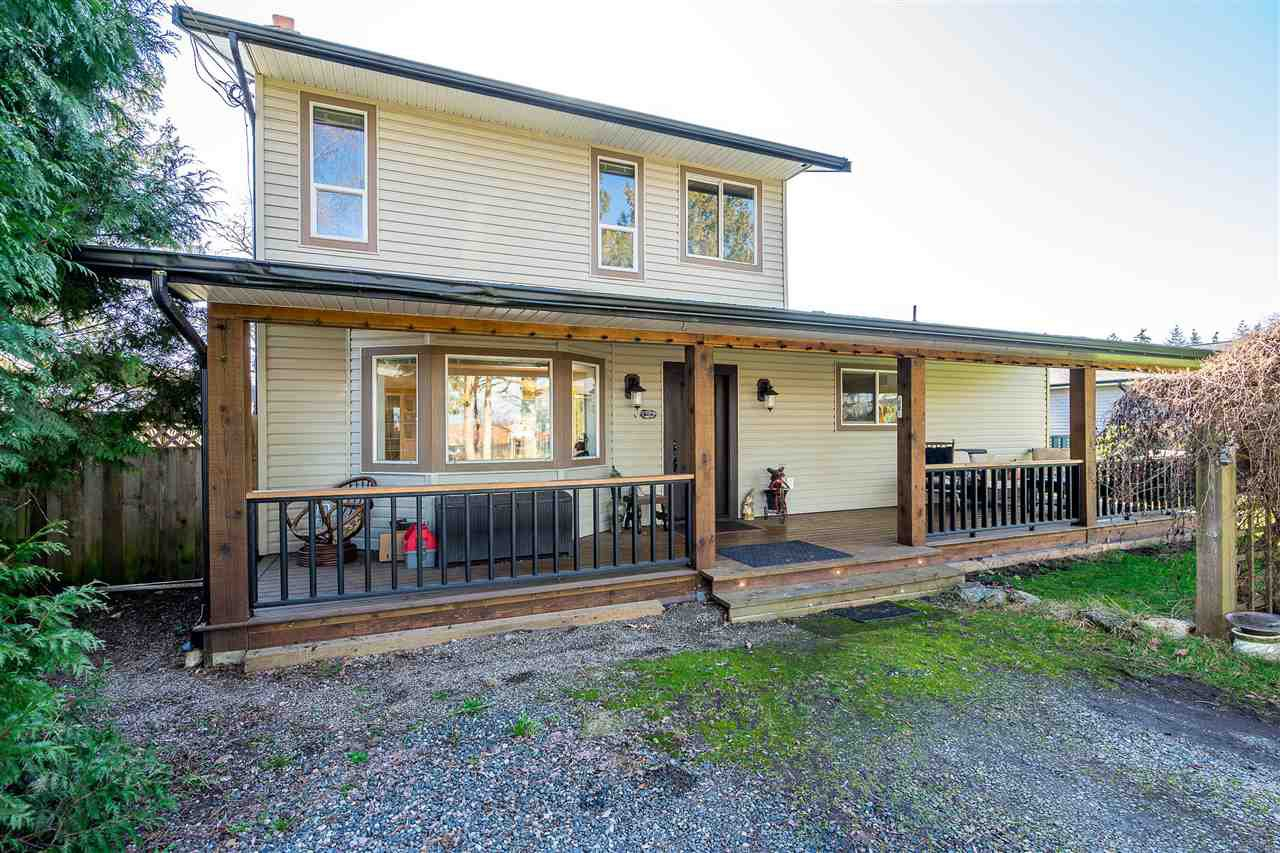 Main Photo: 6666 LADNER TRUNK Road in Ladner: East Delta House for sale : MLS®# R2438161