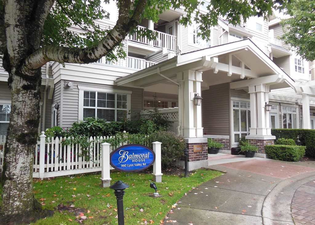 "Main Photo: 205 960 LYNN VALLEY Road in North Vancouver: Lynn Valley Condo for sale in ""Balmoral House"" : MLS®# R2502603"