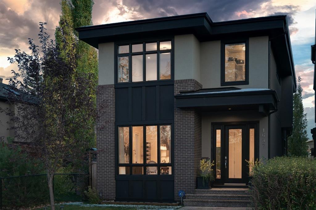 Main Photo: 1637 Altadore Avenue SW in Calgary: Altadore Detached for sale : MLS®# A1042581