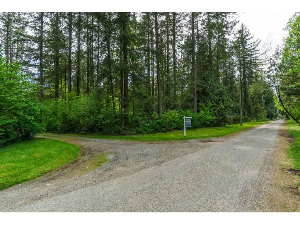 """Main Photo: 20264 27 Avenue in Langley: Brookswood Langley House for sale in """"Brookswood - Fernridge"""" : MLS®# R2455243"""