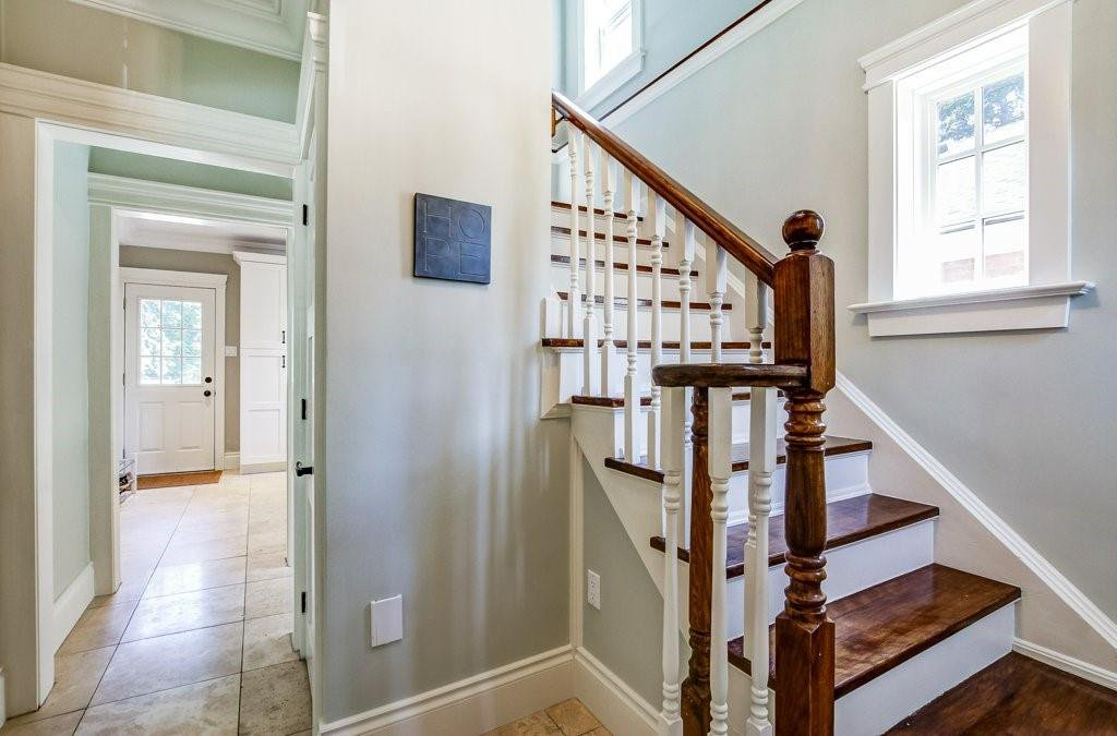 Photo 11: Photos: 2095 EMERALD Crescent in Burlington: Residential for sale : MLS®# H4083069