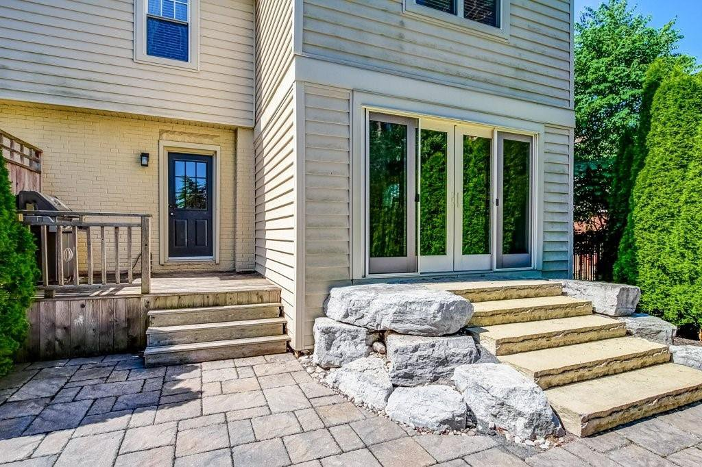 Photo 22: Photos: 2095 EMERALD Crescent in Burlington: Residential for sale : MLS®# H4083069