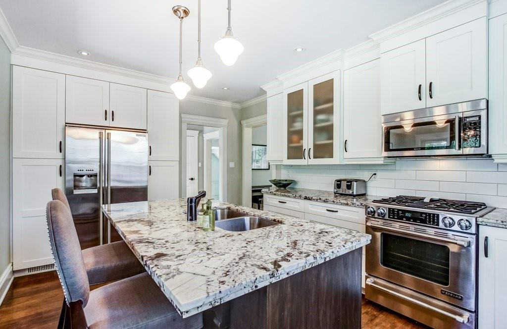 Photo 9: Photos: 2095 EMERALD Crescent in Burlington: Residential for sale : MLS®# H4083069