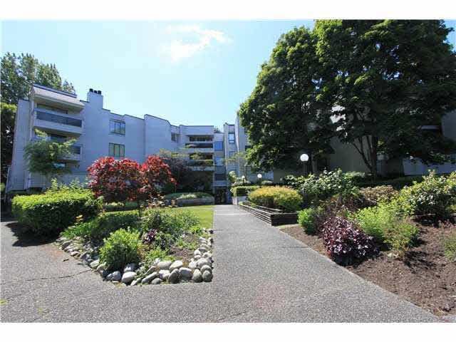 Main Photo: 113 8760 BLUNDELL ROAD in Richmond: Garden City Condo for sale ()  : MLS®# V1008105