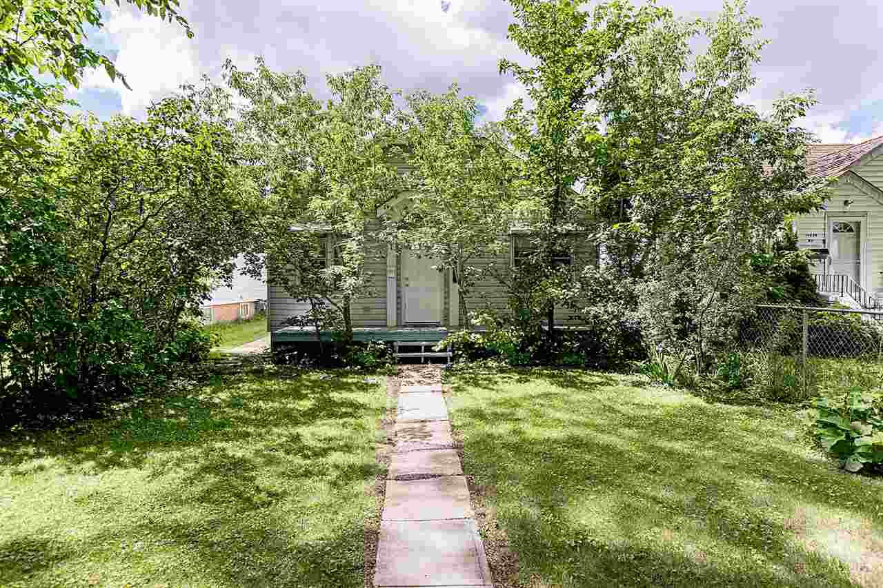 Main Photo: 11430 83 Street in Edmonton: Zone 05 House for sale : MLS®# E4208269