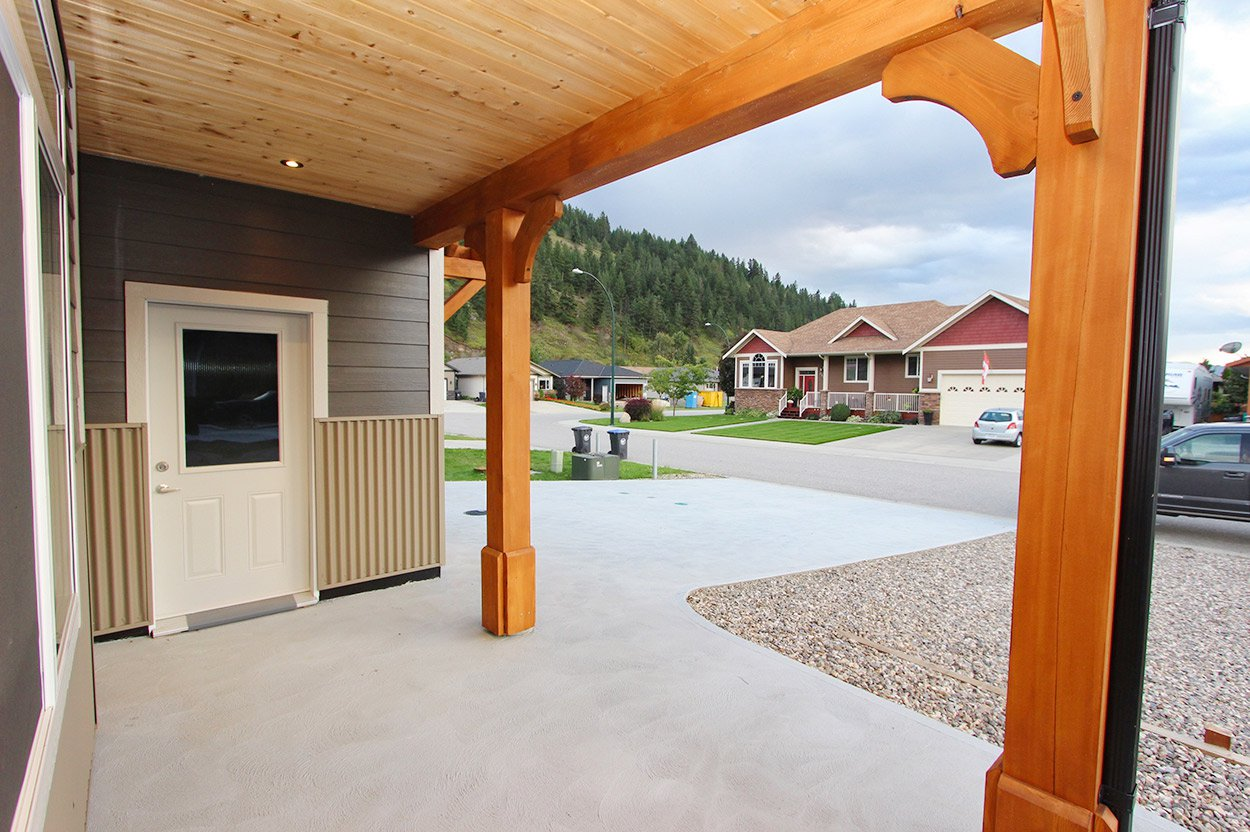Photo 10: Photos: 203 Ash Drive: Chase House for sale (Shuswap)