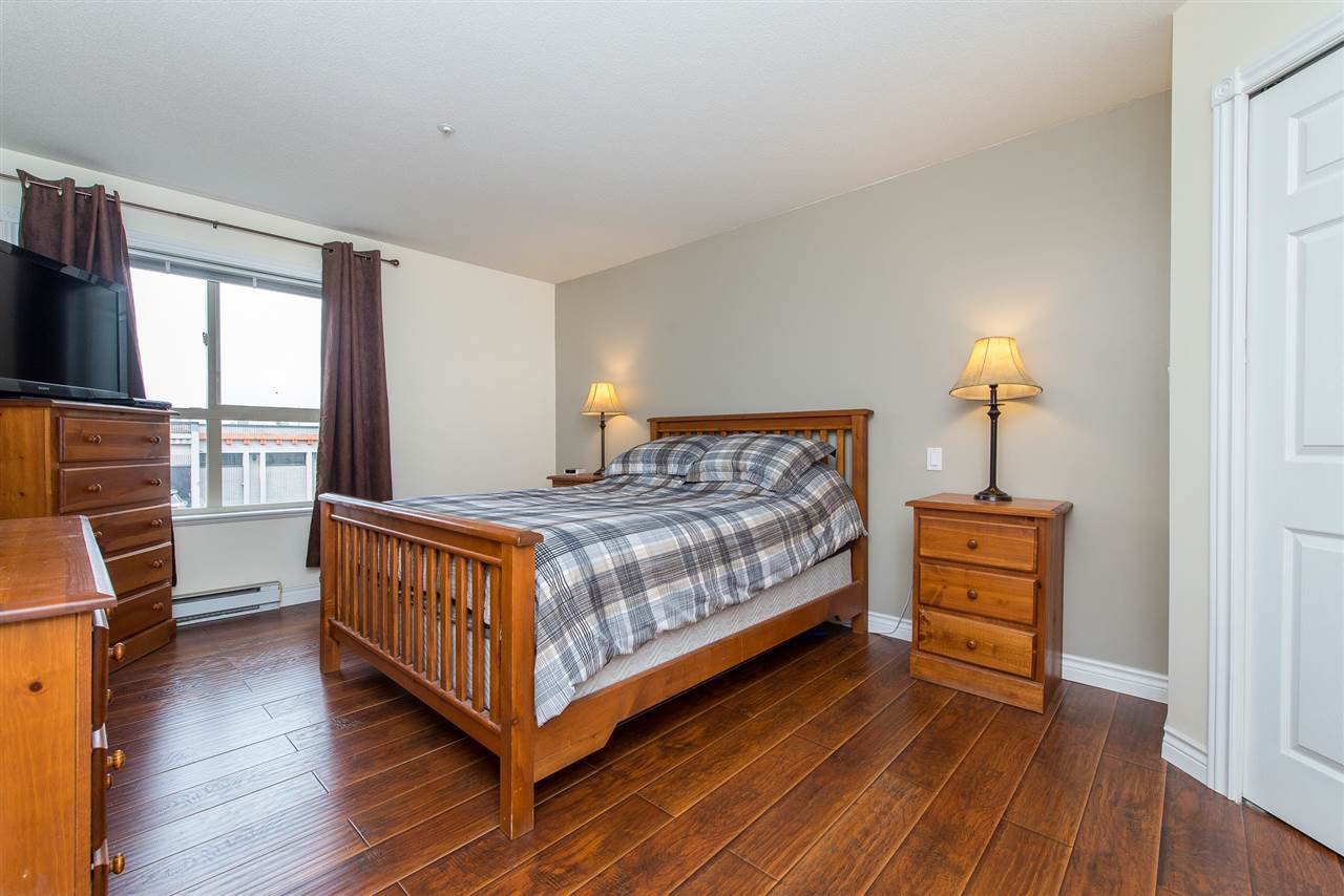 "Photo 16: Photos: 204 2585 WARE Street in Abbotsford: Central Abbotsford Condo for sale in ""The Maples"" : MLS®# R2408849"