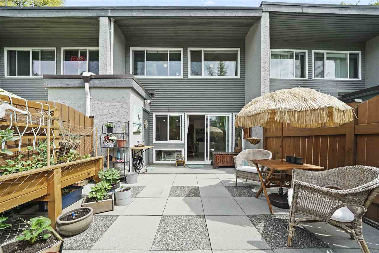 """Photo 22: Photos: 4921 RIVER REACH in Delta: Ladner Elementary Townhouse for sale in """"HARBOURSIDE"""" (Ladner)  : MLS®# R2455586"""