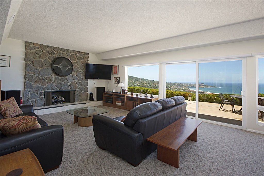 Main Photo: LA JOLLA House for rent : 4 bedrooms : 8330 Prestwick Drive