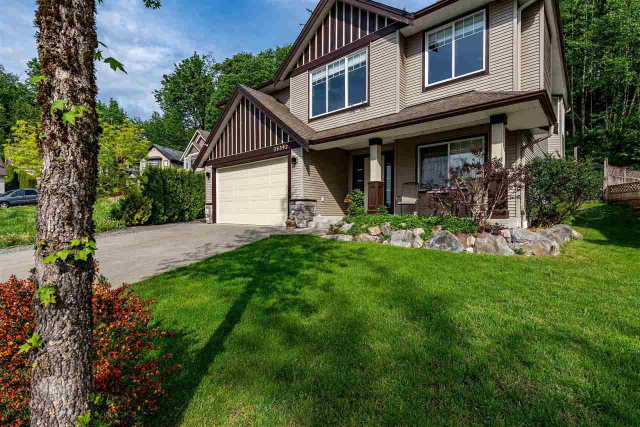 Main Photo: 35392 FIRDALE Avenue in Abbotsford: Abbotsford East House for sale : MLS®# R2476759