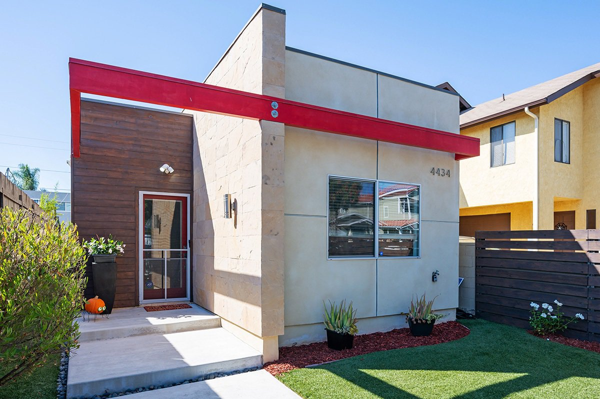 Main Photo: NORMAL HEIGHTS House for sale : 3 bedrooms : 4434 Wilson Avenue in San Diego