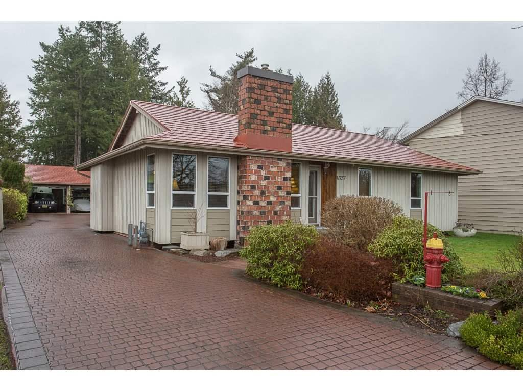 Main Photo: 11757 231 Street in Maple Ridge: East Central House for sale : MLS®# R2519885