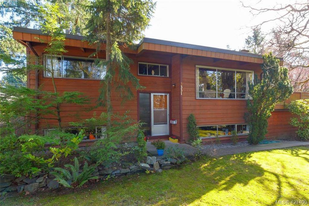 Main Photo: 3331 Biscoe Drive in VICTORIA: SW Tillicum Single Family Detached for sale (Saanich West)  : MLS®# 421400