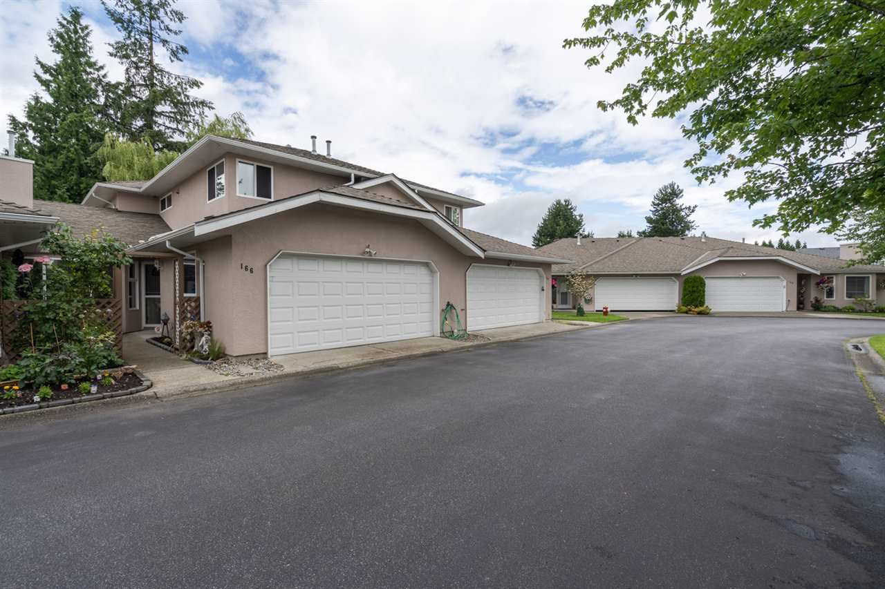 "Main Photo: 166 15501 89A Avenue in Surrey: Fleetwood Tynehead Townhouse for sale in ""Avondale"" : MLS®# R2469254"