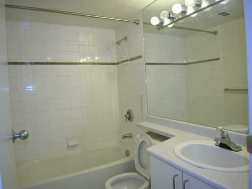 """Photo 4: Photos: 2903 438 SEYMOUR Street in Vancouver: Downtown VW Condo for sale in """"CONFERENCE PLAZA"""" (Vancouver West)  : MLS®# V629088"""