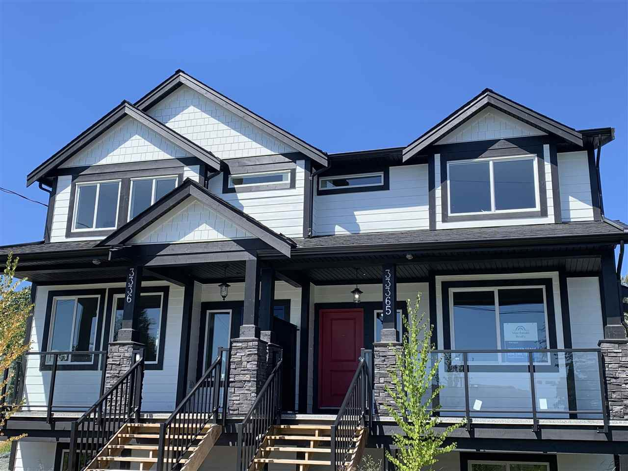 Main Photo: 33367 5TH Avenue in Mission: Mission BC House 1/2 Duplex for sale : MLS®# R2429991