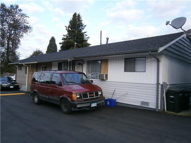 Main Photo: 7673 KINGSWAY STREET in : Edmonds BE House 1/2 Duplex for sale : MLS®# V1022075