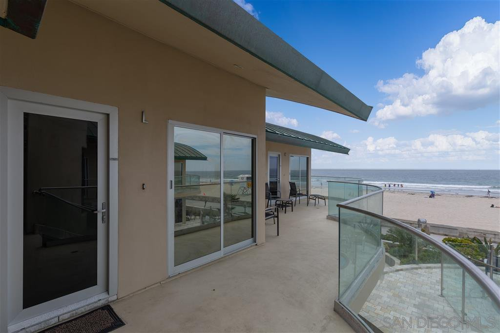 Main Photo: MISSION BEACH Condo for sale : 2 bedrooms : 3443 Ocean Front Walk #L in San Diego