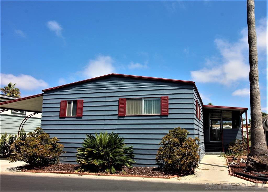 Main Photo: CARLSBAD WEST Mobile Home for sale : 2 bedrooms : 7110 Santa Barbara in Carlsbad