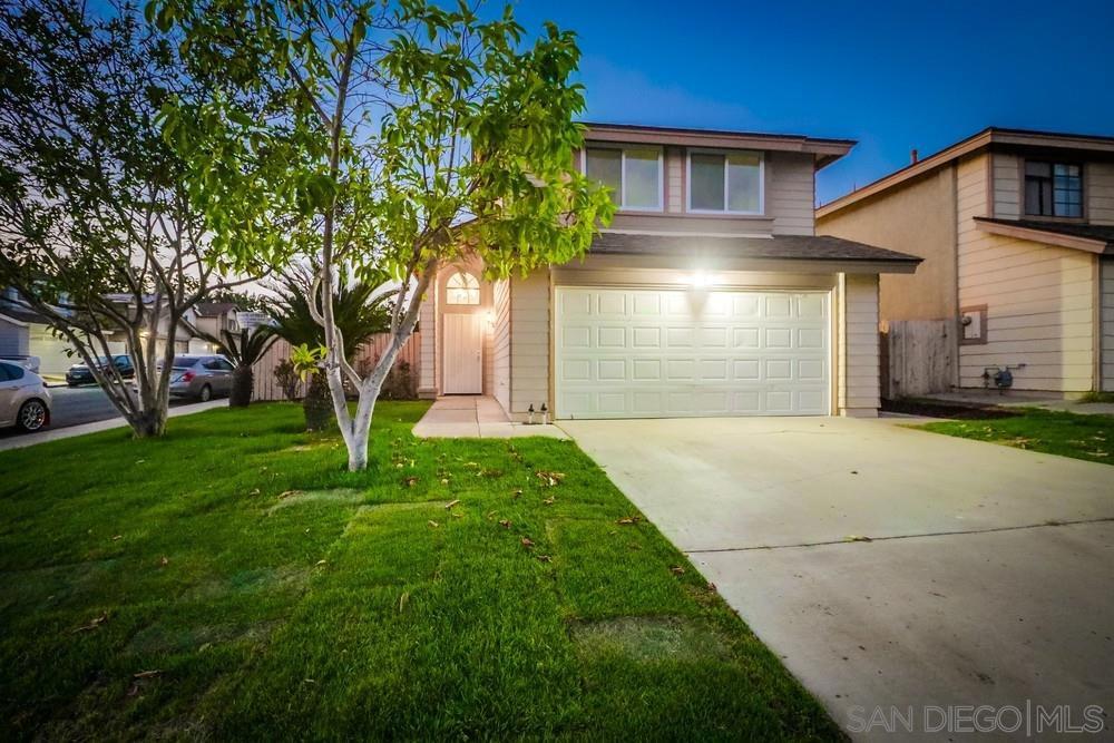 Main Photo: LEMON GROVE House for sale : 3 bedrooms : 7936 Alton Drive